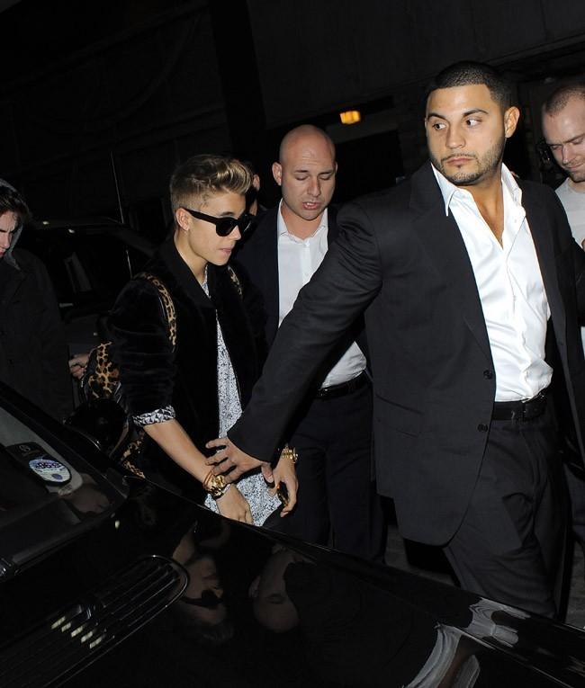 Justin Bieber de sortie à Londres avec Jaden Smith pour son anniversaire le 1er mars 2013