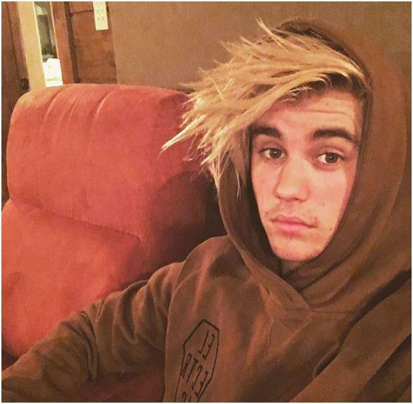 Photos : Justin Bieber : toujours aussi accro à Selena Gomez, la preuve !