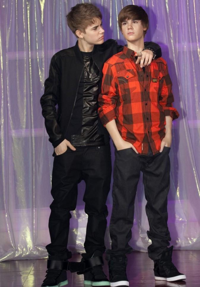 Oui oui Justin , on te le confirme ta statue ne te ressemble pas !
