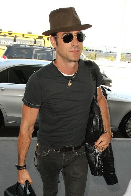 Photos : Justin Theroux : de retour à la réalité après sa lune de miel avec Jennifer Aniston !