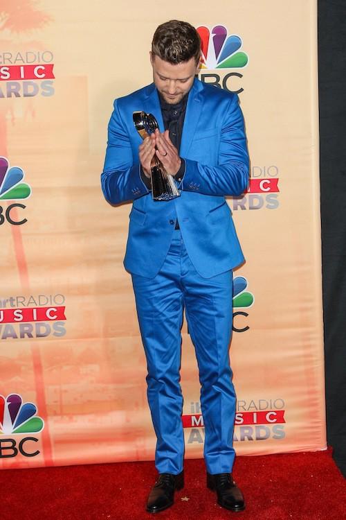 Photos : Justin Timberlake adresse un message touchant à Jessica Biel lors des iHeartRadio Music Awards !