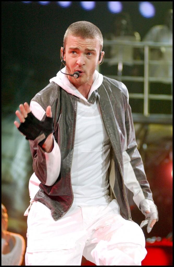 Justin Timberlake en concert à Pittsburgh, le 28 juillet 2003.