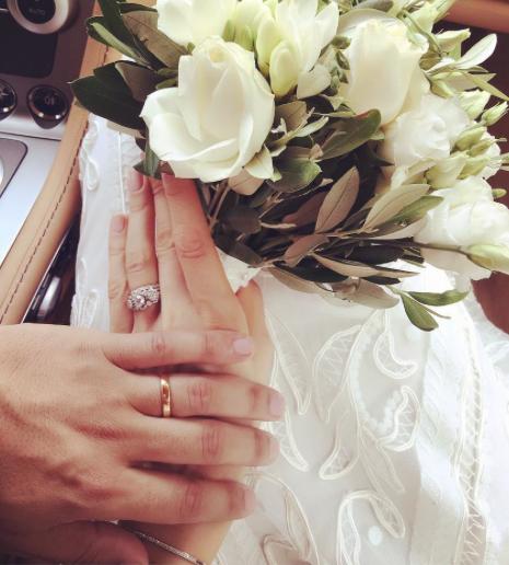 Photos : K. Maro est un homme marié !