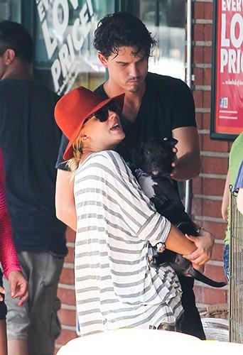 Kaley Cuoco à Sherman Oaks le 3 août 2013