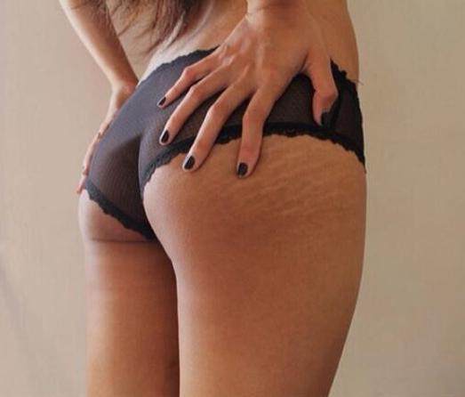 Photos : Karrueche Tran : la muse de Chris Brown affiche son bikini body et assume ses vergetures !
