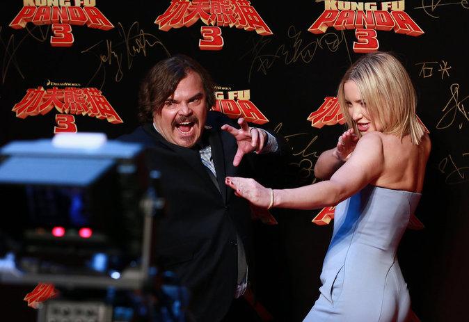 Photos : Kate Hudson glamour au bras de Jack Black pour la première de Kung Fu Panda 3