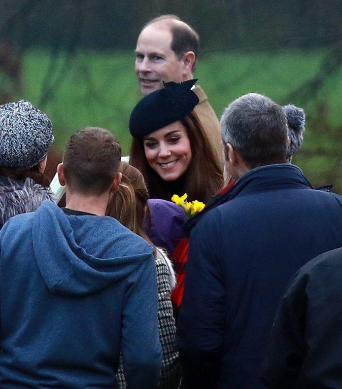 Photos : Kate Middleton : Sublime et accessible pour la traditionnelle messe dominicale !