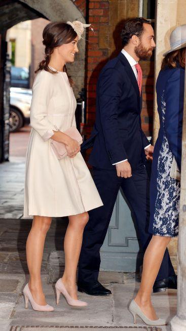 Pippa Middleton en Suzannah Crabb pour le baptême de son neveux, le prince George, le 23 octobre 2013 à Londres.