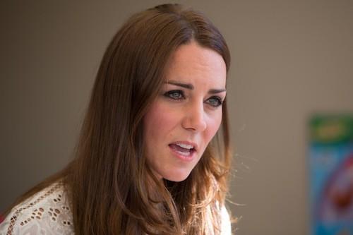 Photos : Kate Middleton : émue aux larmes face aux enfants malades…