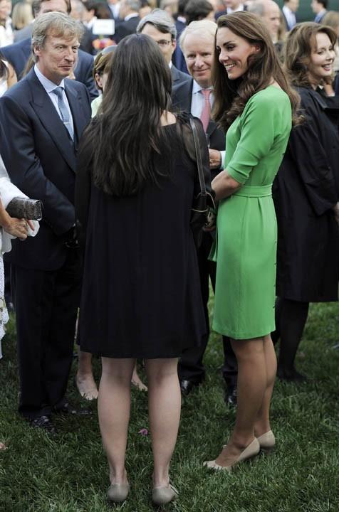Kate Middleton portait la même robe le 8 juillet dernier à Los Angeles !