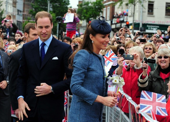 Kate Middleton et le prince William à Nottingham, le 13 juin 2012.