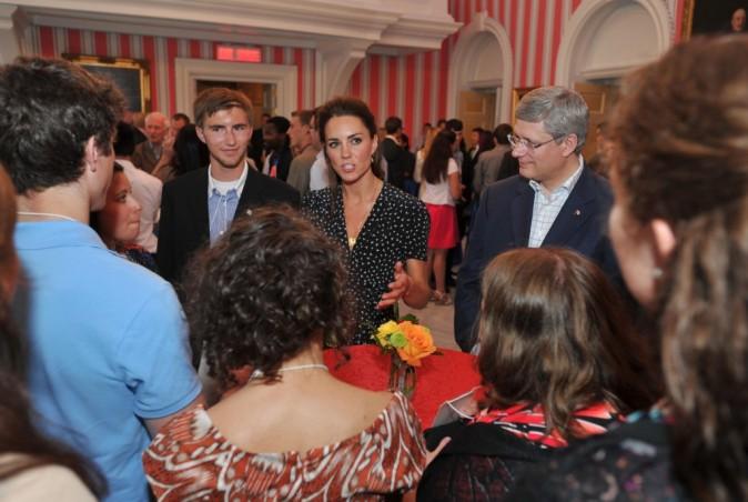 Kate et William lors d'une petite réception informelle organisée dans la résidence officielle du gouverneur général du Canada, le 30 juin 2011.