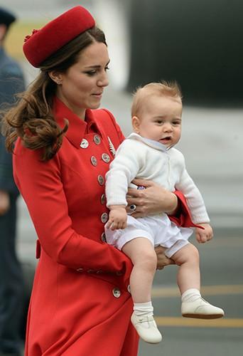 Kate Middleton et Prince George à Wellington le 7 avril 2014