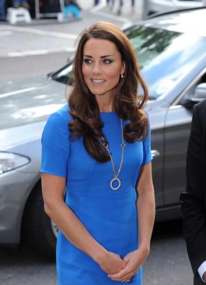 Kate Middleton se rendant à la National Portrait Gallery à Londres, le 17 juillet 2012.