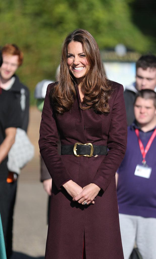 Kate Middleton affiche fièrement sa bague