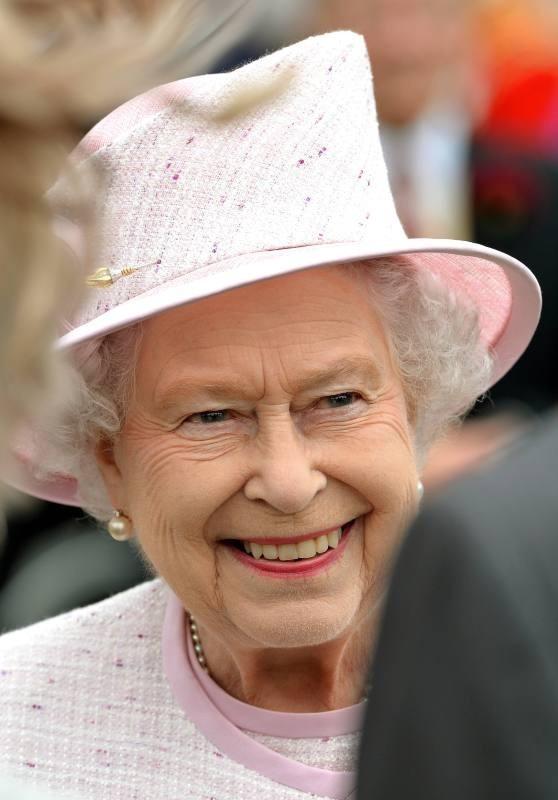 La reine Elizabeth II lors de sa garden-party à Londres, le 22 mai 2013.