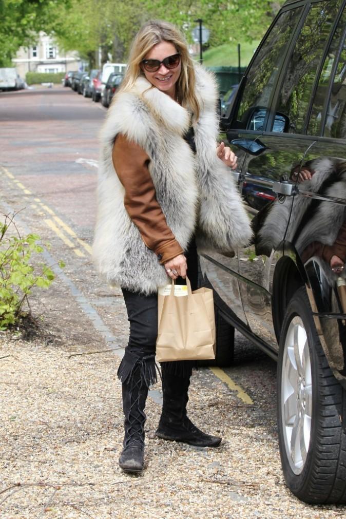 Kate Moss propose un look bien rock'n roll !