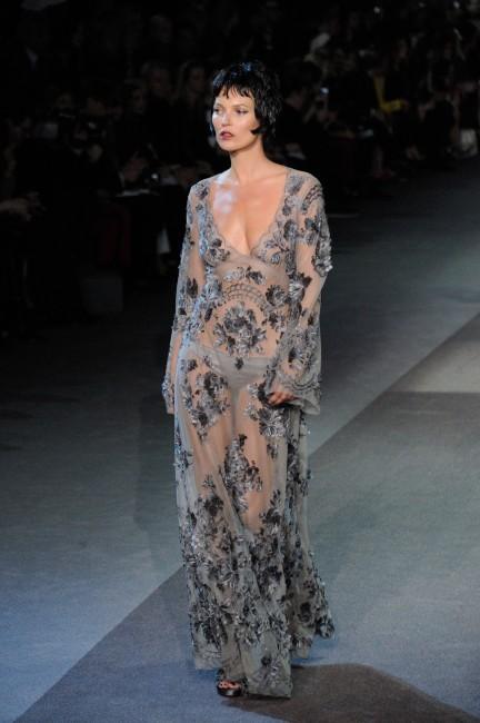 Kate Moss au défilé Louis Vuitton à Paris le 6 mars 2013