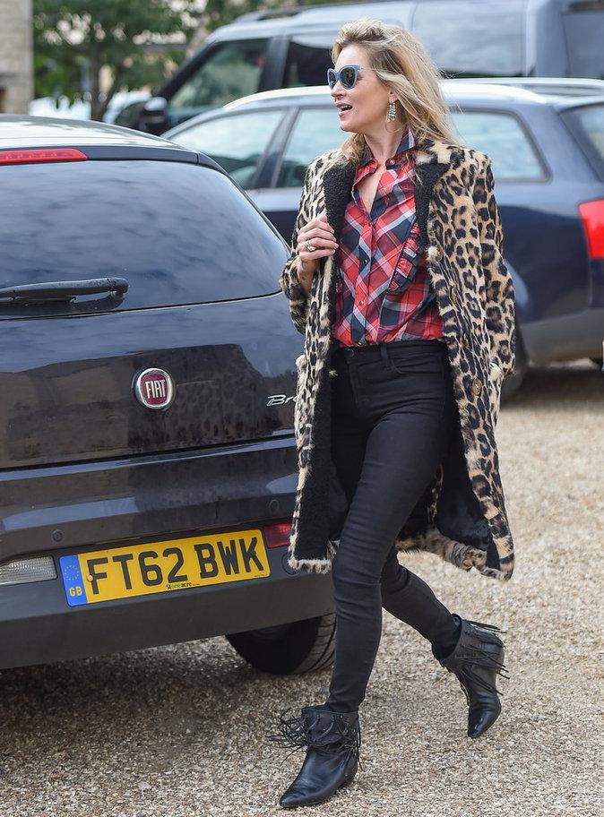 Kate Moss à Cotswolds le 11 octobre 2015