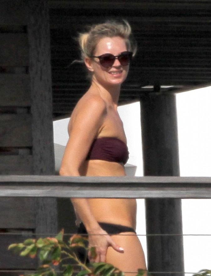 Kate Moss à Saint-Barthélémy le 18 décembre 2012