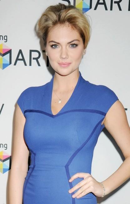 Kate Upton à la soirée Samsung