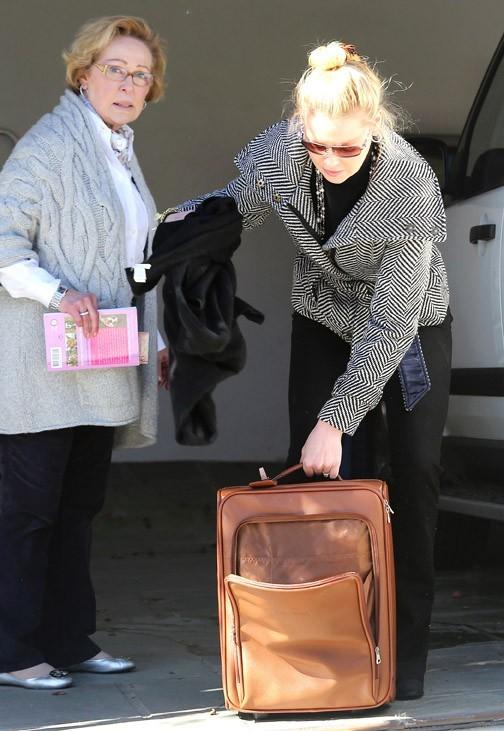 Katherine Heigl quittant la maison de sa maman à Los Feliz le 28 janvier 2013