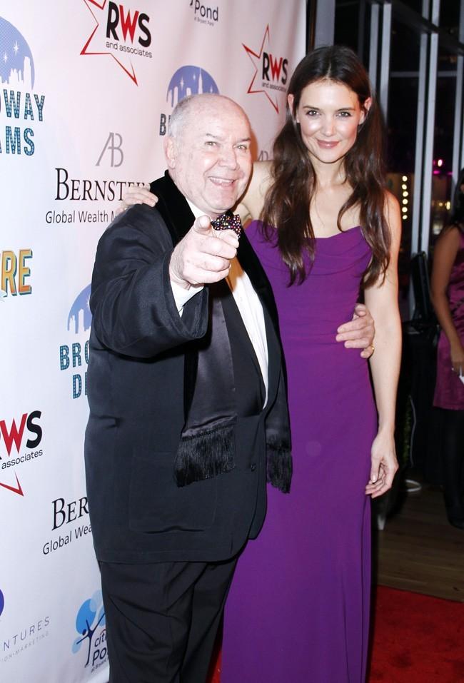 Katie Holmes et son metteur en scène Jack O'Brien le 10 décembre 2012 à New York