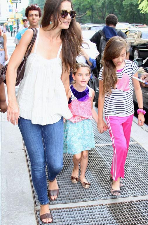 Katie Holmes avec Suri à New-York le 9 juillet 2013
