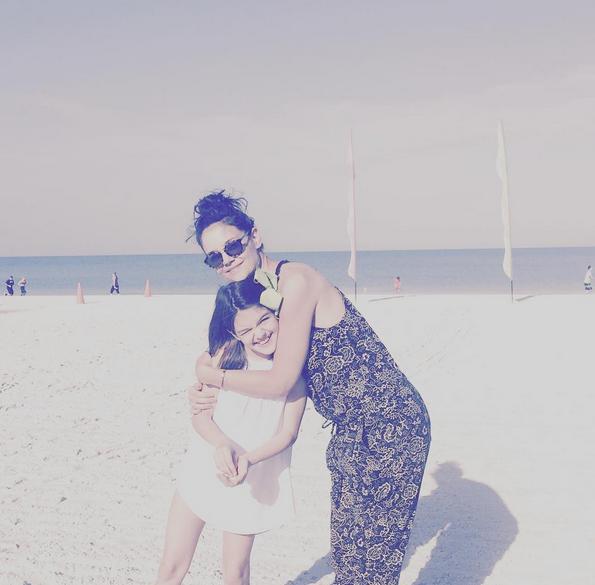 Katie Holmes : Un anniversaire à la plage pour les 11 ans de sa fille Suri