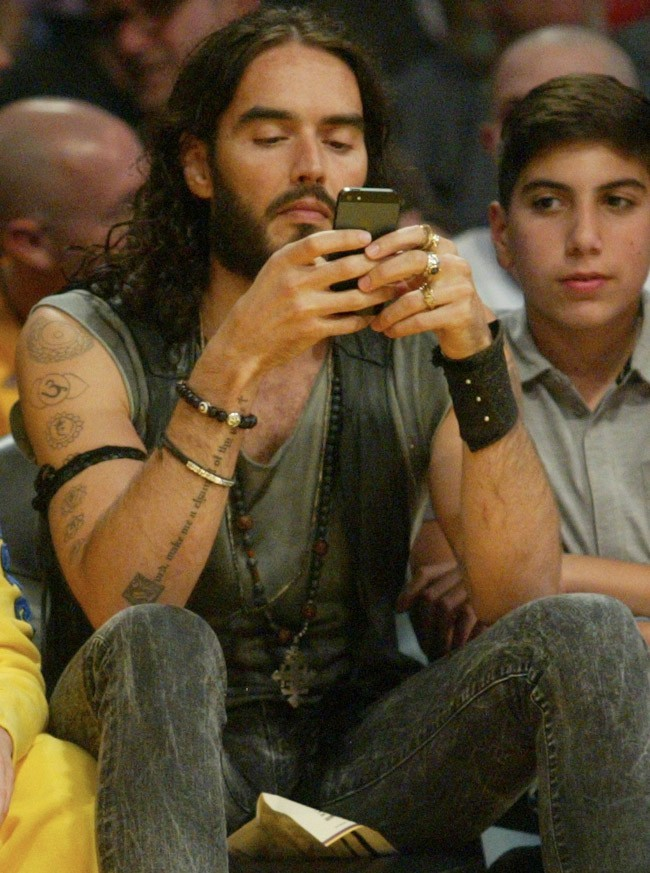 Russell Brand au Staples Center de Los Angeles le 30 octobre 2012