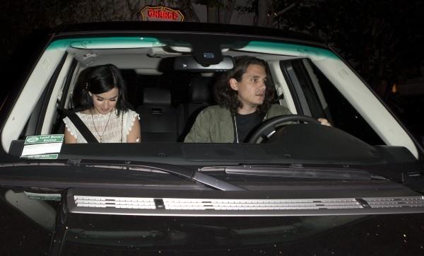 Katy Perry et John Mayer à West Hollywood, le 1er août 2012.
