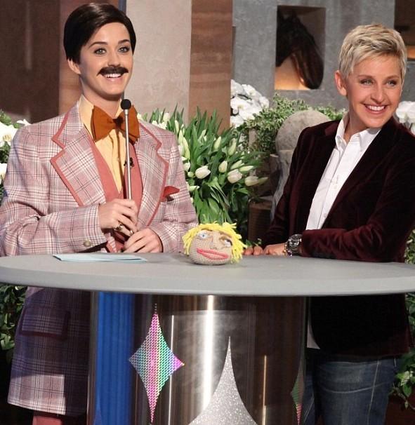 Katy Perry déguisée sur The Ellen DeGeneres Show le 25 janvier 2013