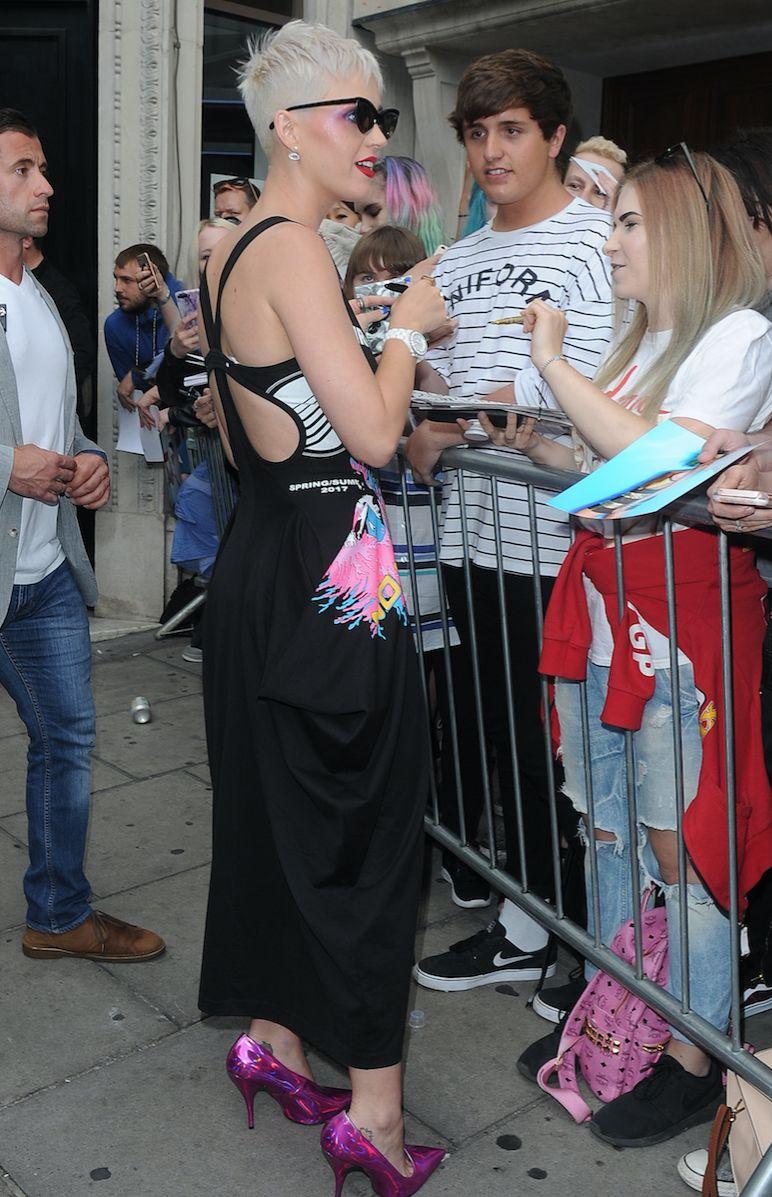 Katy Perry : pour ses fans, elle se donne à fond !
