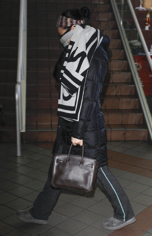 Photos : Katy Perry : quand la star prend l'avion, elle se met à l'aise !