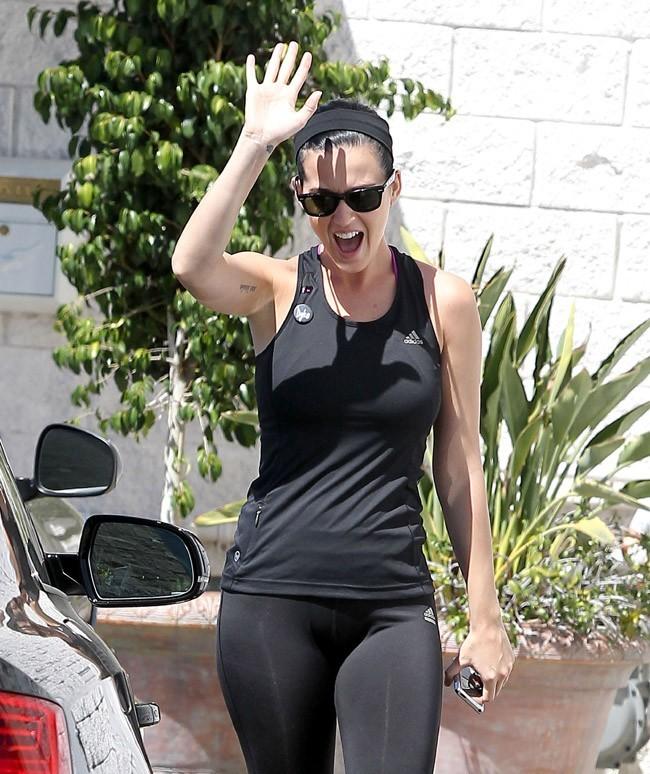 Katy Perry en mode sportive à Los Angeles le 30 mars 2013
