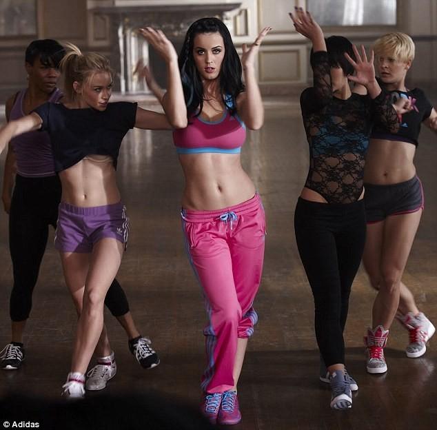 Katy Perry pour Adidas.