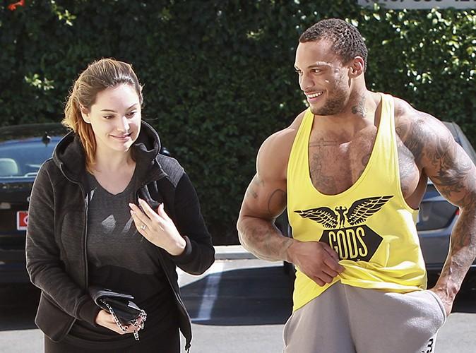 Kelly Brook et son fiancé à Los Angeles le 31 mars 2014