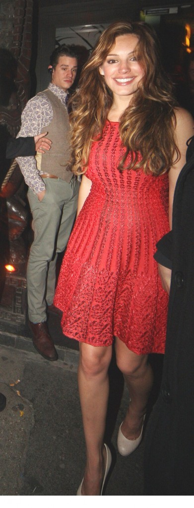 Kelly Brook sortant du Mahiki nightclub à Londres, le 11 juin 2011.