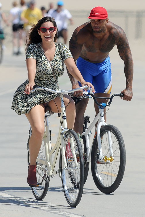 David McIntosh et Kelly Brook à Los Angeles le 7 juillet 2014