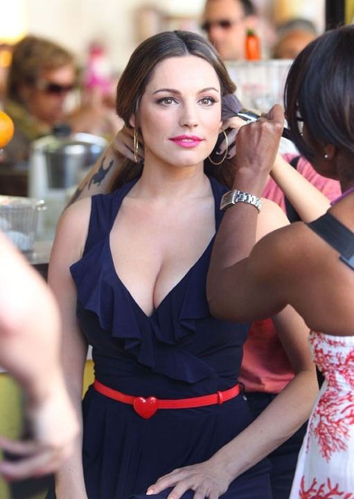 Kelly Brook en shooting pour New Look à Miami le 3 février 2013