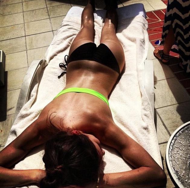 Kendall bronze tranquillement