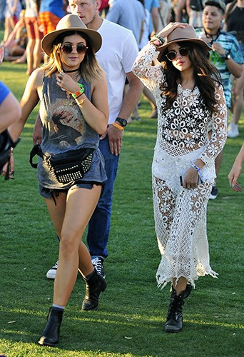 Kylie Jenner et Selena Gomez à Indio le 11 avril 2014