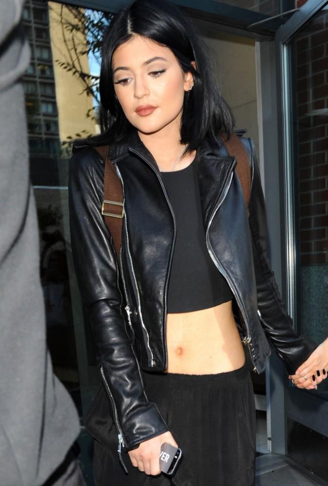 Photos : Kendall et Kylie Jenner : ventres à l'air, les petites bombes du clan sont de sortie !