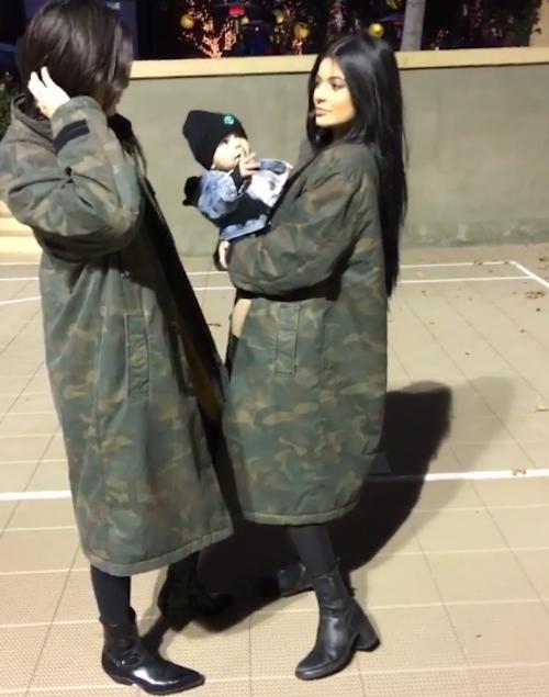 Photos : Kendall et Kylie jouent les babysitters, Kourtney sort (encore) avec Justin Bieber !