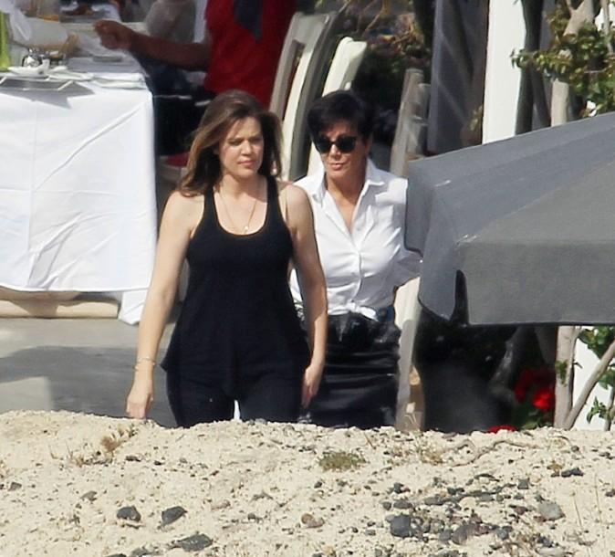 Khloe Kardashian et Kris Jenner le 29 avril 2013 à Santorin