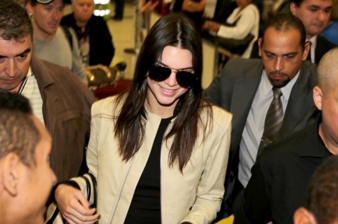Photos : Kendall Jenner : égérie de toute beauté au Brésil !