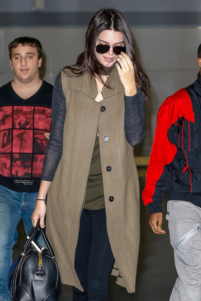 Photos : Kendall Jenner : elle oublie Harry Styles au volant de sa Corvette !