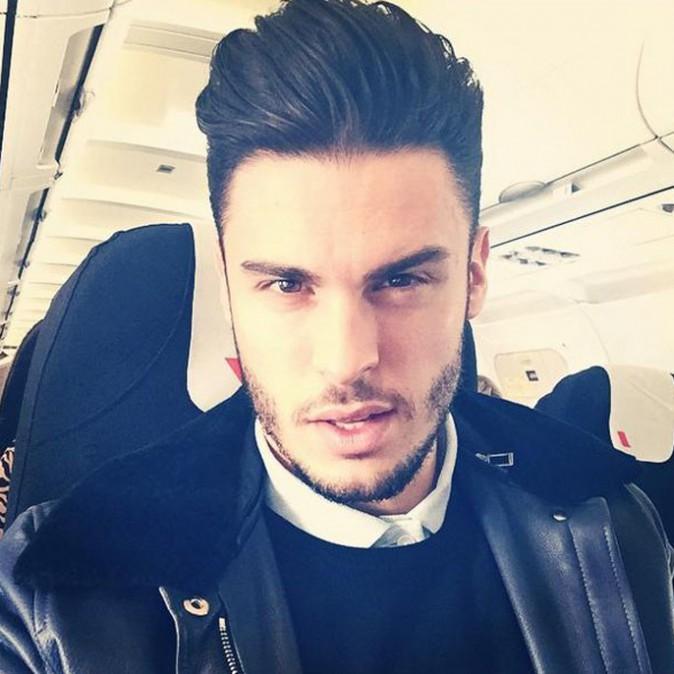 Baptiste Giabiconi dans l'avion...