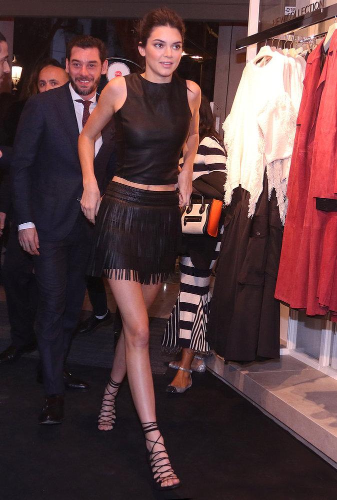 Photos : Kendall Jenner bohémienne rock pour Mango, à Barcelone