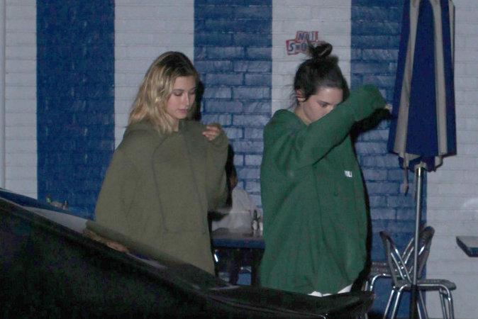 Photos : Kendall Jenner : grillée avec son nouveau mec !